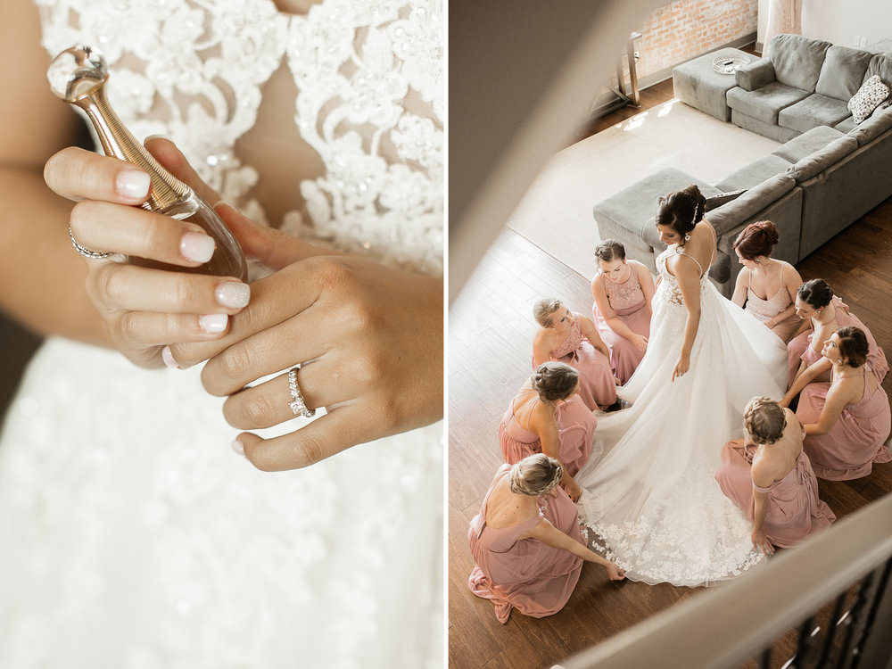 bride-bridesmaids-getting-ready-picture.jpg