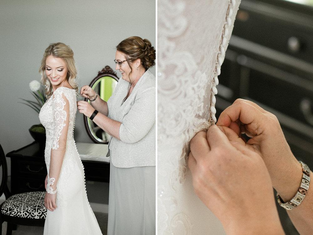 mother-daughter-wedding-day.jpg