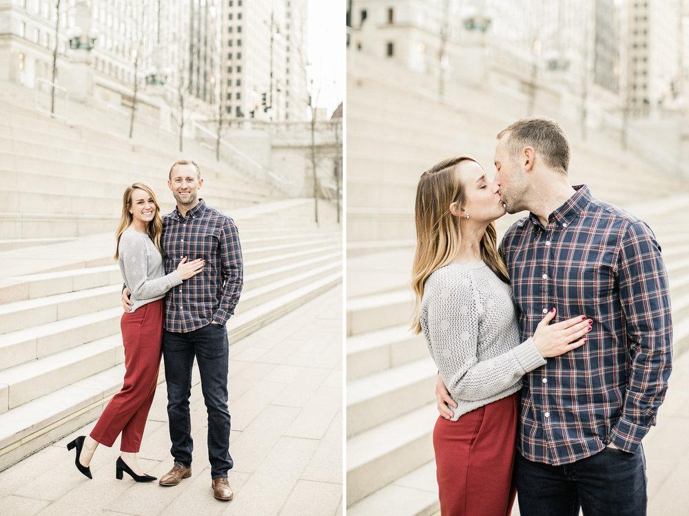 winter-chicago-engaged-couple-photos.jpg